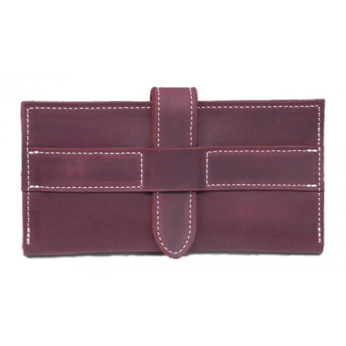 Оригинальный и вместительный кошелёк на хлястике